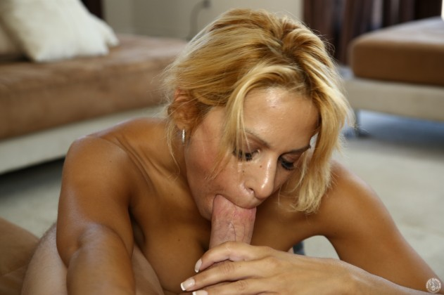 Alyssa Lynn   Mommy Blows Best pictures