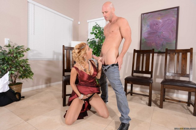 Alyssa Lynn   MILFs Like It Big (Big Cock Training Camp) pictures